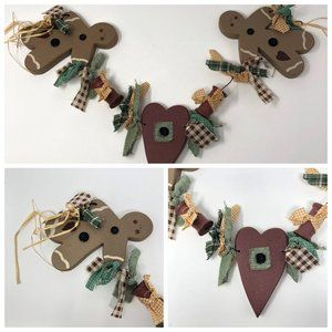 Gingerbread Men and Heart Wall Hanging Country